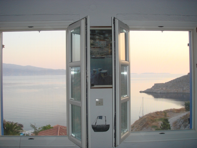 08 - House with an Amazing View in Hydra Island
