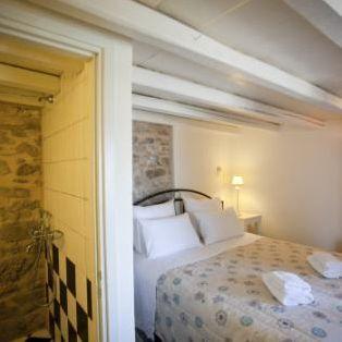 12 2 - Girit'de Satılık 3 Kez Ödül Sahibi Butik Otel