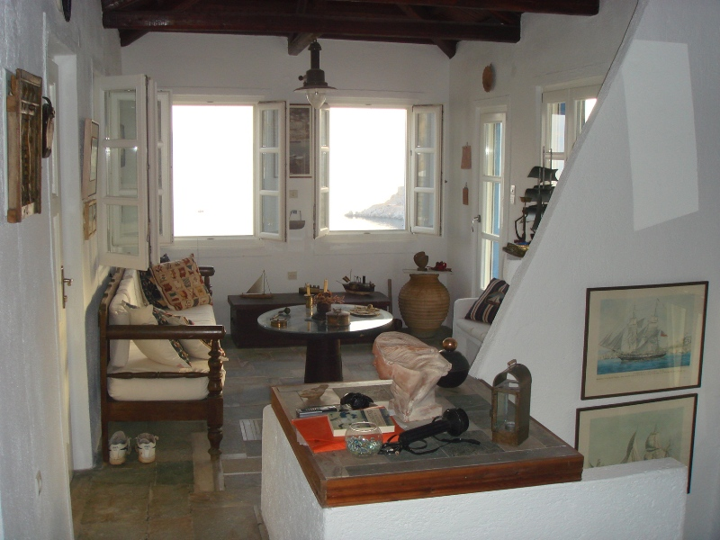 17 2 - House with an Amazing View in Hydra Island
