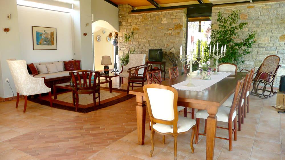 1F kioski 2 - Amaliada, Peloponesse'de 500 m2 villa + üzüm bağı