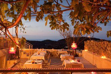 3 8 - Girit'de Satılık 3 Kez Ödül Sahibi Butik Otel