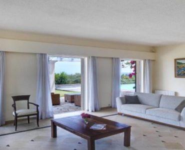 4 6 370x300 - Korfu Gouvia'da deniz manzaralı nefis villa