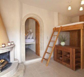 5 5 329x300 - Girit'de Satılık 3 Kez Ödül Sahibi Butik Otel