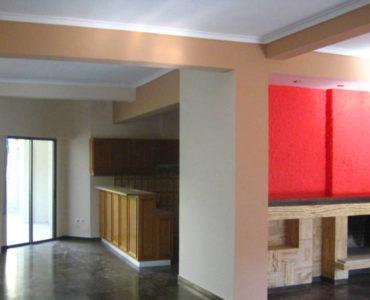 Acr2412895096360 5421 3 370x300 - Maroussi Lüx Apartman Dairesi 2
