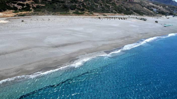 Adsız4 - Girit'de Deniz Kenarında Arsa