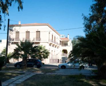 DSC 6708 370x300 - A Luxury House In Elefsina