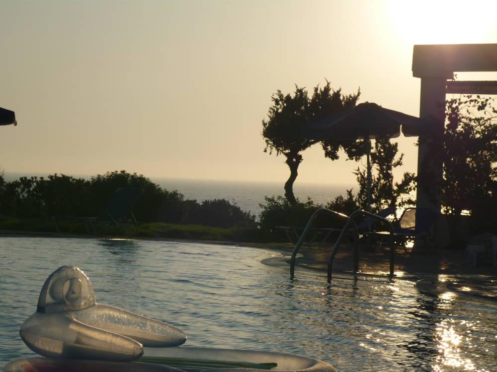 P1000141 - Kos Adası Denize Sıfır Tamamen Yenilenmiş Otel