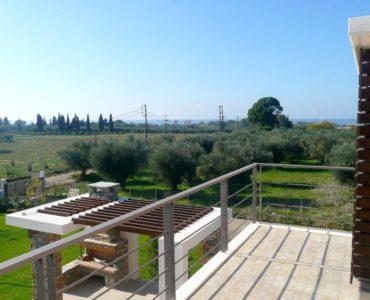 P1270445 370x300 - 240 sqm maisonette in Amaliada, Peloponesse (A)