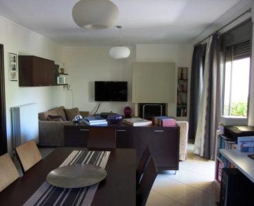 P6050344 370x300 - Markopoulo'da Apartman Dairesi Fırsatı