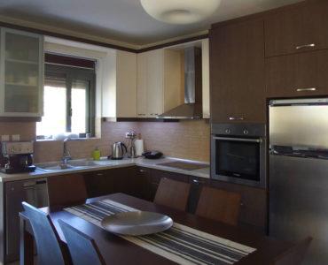 P6050345 370x300 - Markopoulo'da Apartman Dairesi Fırsatı