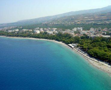 XYLOKASTRO 1 370x300 - Xylokastro'da Deniz ve Dağ Manzaralı Villa