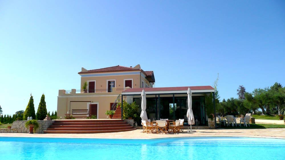 house 4 2012 - Amaliada, Peloponesse'de 500 m2 villa + üzüm bağı