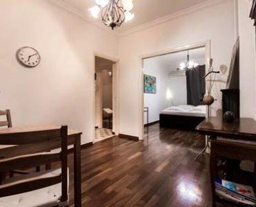 image007 370x300 - Syntagma'da Airbnb Kiralama için Apartman Dairesi
