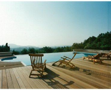 img 114101446 0003 370x300 - Korfu Gouvia'da deniz manzaralı nefis villa