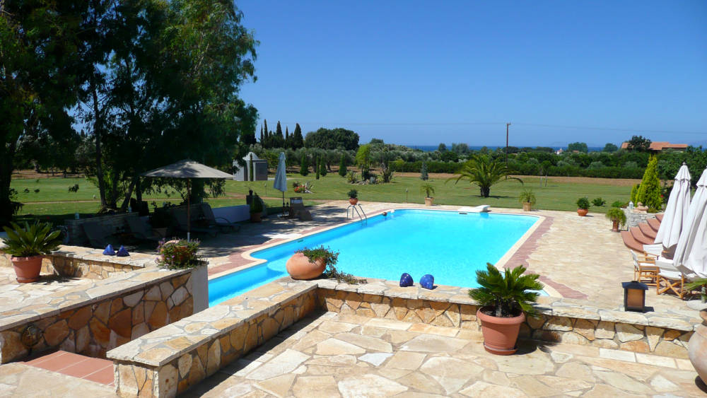 swimming pool 1 - Amaliada, Peloponesse'de 500 m2 villa + üzüm bağı